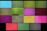 Eine Videokonferenz, bei der alle Teilnehmenden je eine farbige Haftnotiz auf die Webcam geklebt haben.