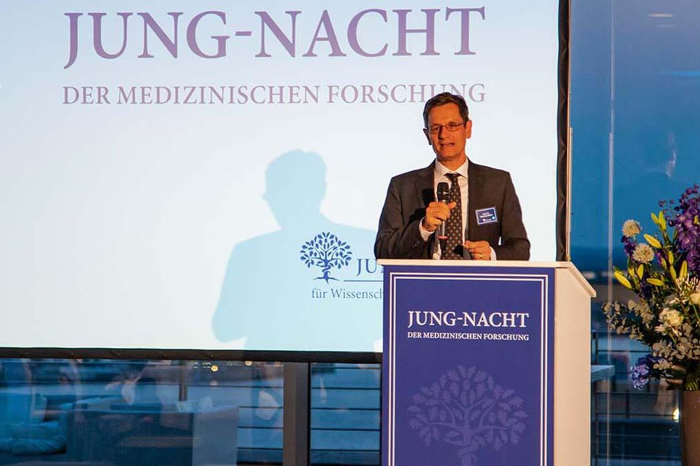 Professor Dr. Christian Büchel