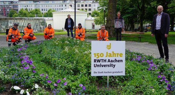 Blumenbeet 150 Jahre RWTH Aachen (c) Stadt Aachen