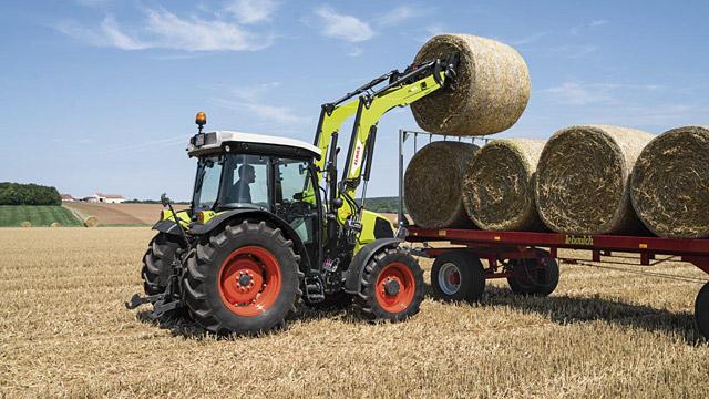 prin încărcătorul frontal FL E, CLAAS oferă acum o versiune nouă, a treia, pentru fermieri care caută încărcătoare frontale simple, dar de înaltă performanță pentru tractoare cu o putere între 45 și 120 CP.