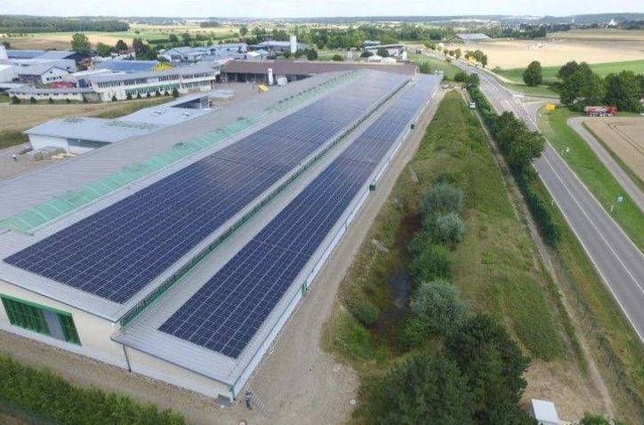 750 kW PV-Dachanlage in Meßkirch
