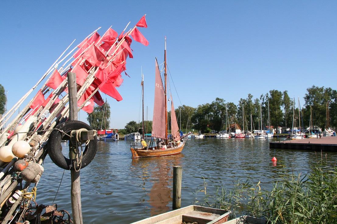 Zeesenboot Mönkebude