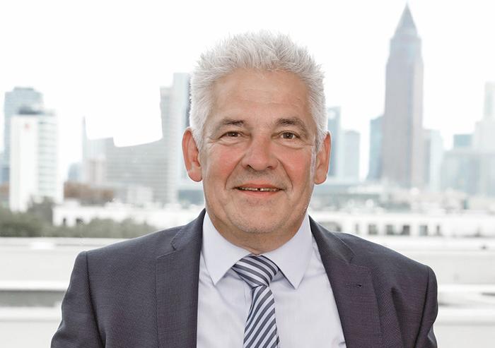 Portrait Geschäftsführer Michael Sauer