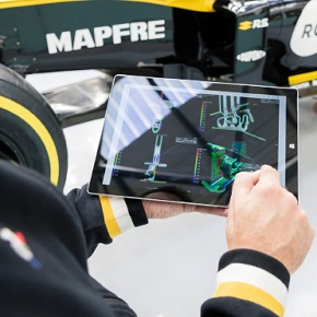As part of a multi-year agreement, Volume Graphics is proud to support Renault F1® Team