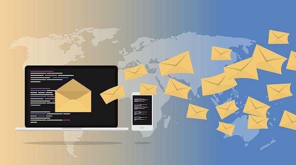 E-Mails u. Social Media