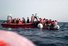 Seenotrettung. Foto: Kenny Karpov/SOS MEDITERRANEE
