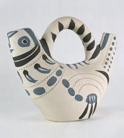 PABLO PICASSO, Henkelkrug in Form einer stilisierten Taube, 1954