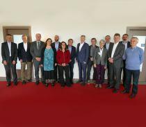 Gruppenbild des Fachbeirat des Bundesprogramms Ländliche Entwicklung (BULE) und Vertretern des BMEL und der BLE