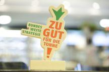 Die Trophäe des Bundespreises / Copyright BMEL